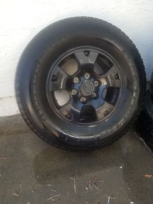 Stock tacoma rims 6 lug with tires for Sale in San Diego, CA
