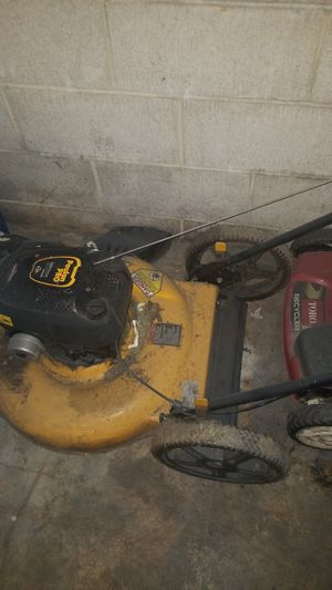 Free lawn mower. Needs tune up and replacement blade..pick up only for Sale in Prior Lake, MN