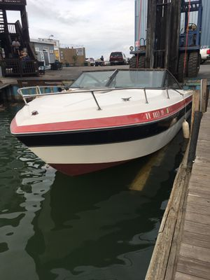 21' Thompson boat for Sale in Cleveland, OH