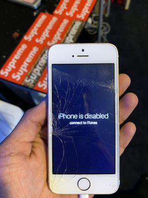 iPhone 5 parts only for Sale in Oakley, CA