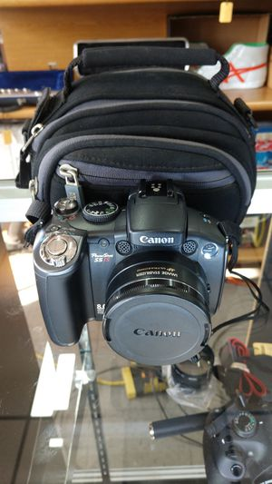 Canon PowerShot S5 IS Point and Shoot Digital Camera Photos and Video w/ Case for Sale in Chula Vista, CA