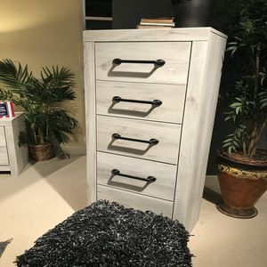 NEW IN THE BOX.HOT SELLER GREY 5 DRAWER CHEST. SKU#TCB192-CHEST for Sale in Santa Ana, CA
