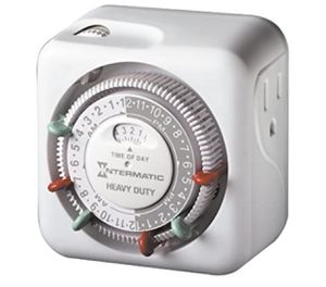 Intermatic Timer for Indoor Lights and Decorations, Grounded- IntermaticTN311 15 Amp for Sale in Fort Lauderdale, FL