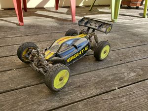 RC Car. Losi eight E 2.0 1/8 scale electric buggy 4wd for Sale in San Francisco, CA