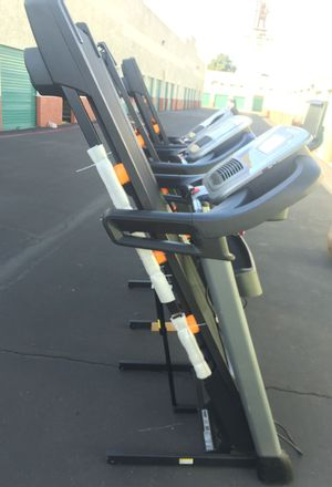 NordicTrack C 990 Treadmill running track lose weight exercise for Sale in Las Vegas, NV