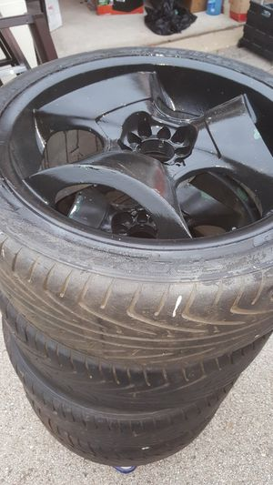 """Rims 20"""" 5 lugs universal for Sale in Schaumburg, IL"""