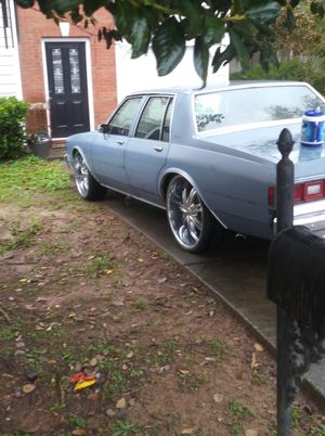 1983 Chevy impala all og except cam and exhaust for Sale in Marietta, GA