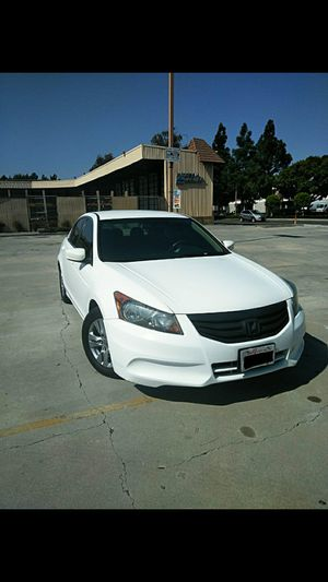 HONDA ACCORD 2011 CLEAN TITLE TITULO LIMPIO NO ACCIDENTS SMOG CHECK READY for Sale in Bell Gardens, CA