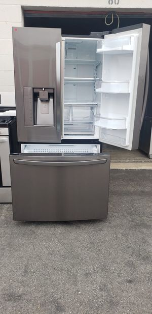 REFRIGERATOR LG for Sale in Long Beach, CA