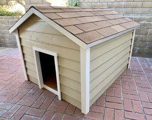"""Brand New EXTRA LARGE DOG HOUSE 48x60"""" XXL for Sale in Cupertino, CA"""