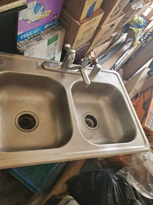 Stainless steel kitchen sink for Sale in Denton, TX