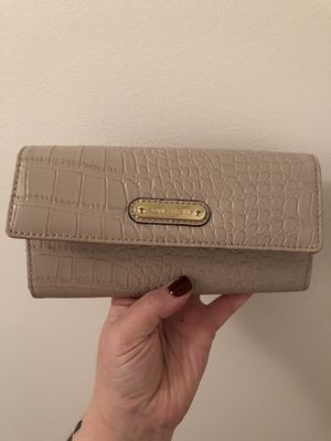 Anne Klein wallet for Sale in Staten Island, NY