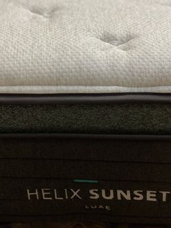 Helix Sunset Luxe Twin XL Mattress (mattress Only) for Sale in Seattle,  WA