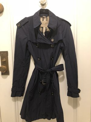 Burberry Trenchcoat US 6 for Sale in New York, NY