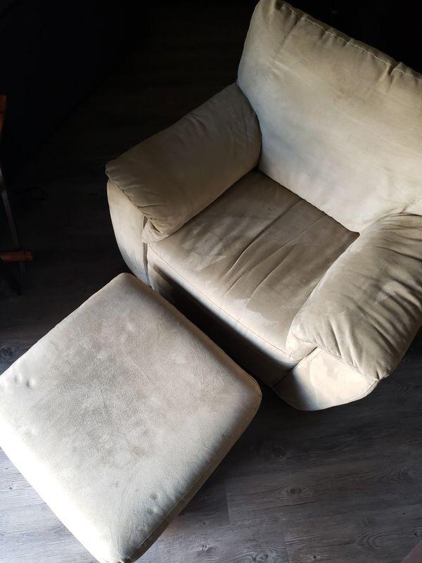 Italsofa Brand Sued Chair Amp Ottoman For Sale In Auburn Wa
