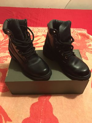 """Excellent """" All Black boots"""" Style Disco basically - New size 7 for girls for Sale in Los Angeles, CA"""