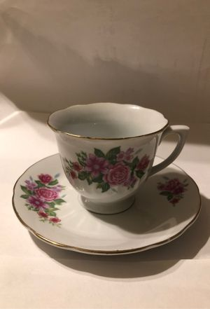 Fine Porcelain China Set (Tea Cup and Saucer) for Sale in Irwindale, CA
