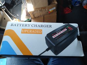 Power charger smart battery charger for Sale in Wayland, MI