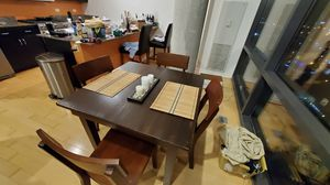 Free Kitchen Table & 4 chairs, can fold out to expand must pickup today for Sale in Chicago, IL