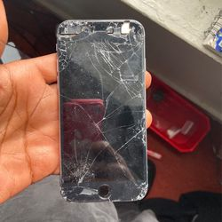 Need New Screen , iPhone 6 for Sale in St. Louis,  MO