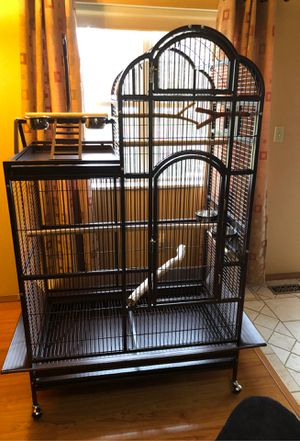 Three tier King bronze bird cage with feeder. Has swivel out bowl feeders for easy access. Outside of cage play area. Bottom feeder. for Sale in Swansea, IL