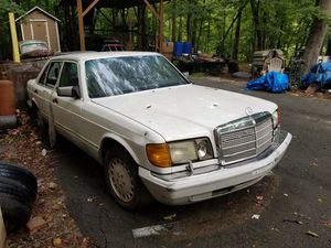 Mercedes Benz 420SEL 1987 for parts for Sale in Suwanee, GA