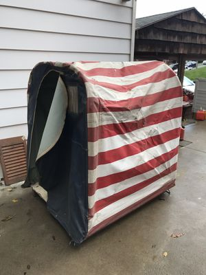 Pfefferkorn Ice Fishing Shanty Hut Vintage Original Red White Blue Flag Graphic! Nice Sandusky Ohio for Sale in Pittsburgh, PA