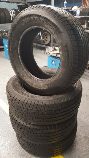 4 Used 265 65 17 Michelin LTX for Sale in Mundelein, IL