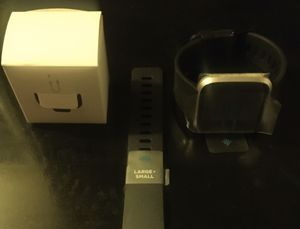 FITBIT VERSA (brandnew) for Sale in Miami Gardens, FL