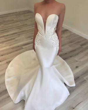 Elegant Mikado Satin Strapless Mermaid Wedding Dress for Sale in Norfolk, VA