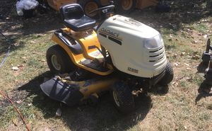 Tractor Lawn Mower. for Sale in Delaware, OH