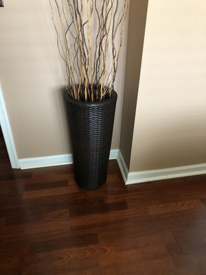 Tall resin vase for Sale in Lebanon, PA