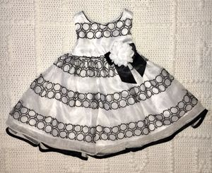 Baby girl dress, clothes 6-9 month , black and white, Bonnie Baby, occasion dress for Sale in Brooklyn, NY