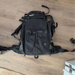 Burton Camera Hiking/Snowboard Bag for Sale in San Diego,  CA