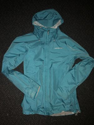 Patagonia Rain Jacket Woman's size S for Sale in Maple Valley, WA