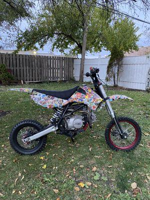 Dirt bike 2017 Apollo Dbx15 for Sale in Chicago, IL