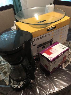 3 kitchen appliances for Sale in Audubon, PA