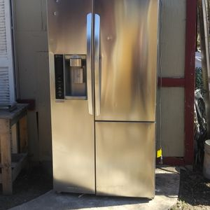 LG Fridge for Sale in San Antonio, TX