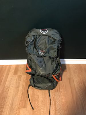 Osprey Atmos 65 AG Men's Backpacking Backpack S GRAPHITE GREY Gently Used for Sale in Seattle, WA