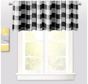 BUFFALO CHECKER THERMAL INSULATED CURTAIN VALANCE for Sale in San Angelo, TX