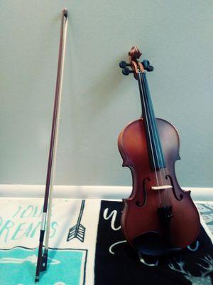 Full sized mendini violin for Sale in Bellevue, WA