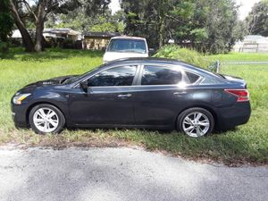 2013 Nissan Altima SV for Sale in Tampa, FL