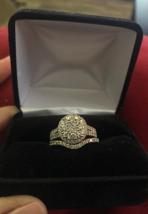 Women's wedding ring set for Sale in Clarksville, TN