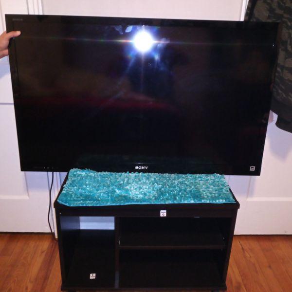 """television de 50"""" pulgadas con stand"""