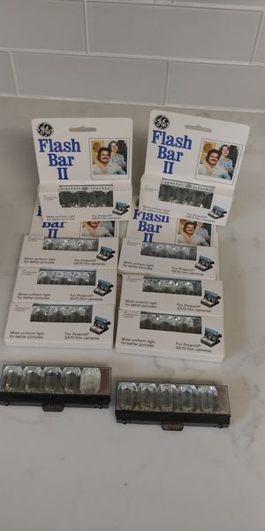 polaroid flash bar set of 8 for Sale in San Antonio, TX