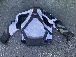 Large motorcycle jacket for Sale in Miami, FL