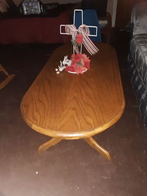 3 piece heavy oak coffee tables and 2 side tables like new for Sale in Laurel, MS