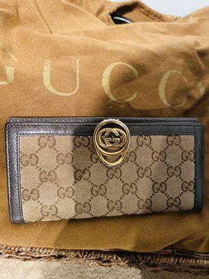 Vintage Gucci wallet for Sale in Middletown, DE