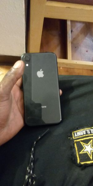 iPhone XR brand new for Sale in Wichita, KS