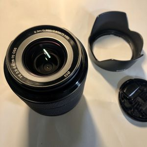 Sony FE 28-70mm f3.5-5.6 OSS e-mount lens for Sale in Miami, FL